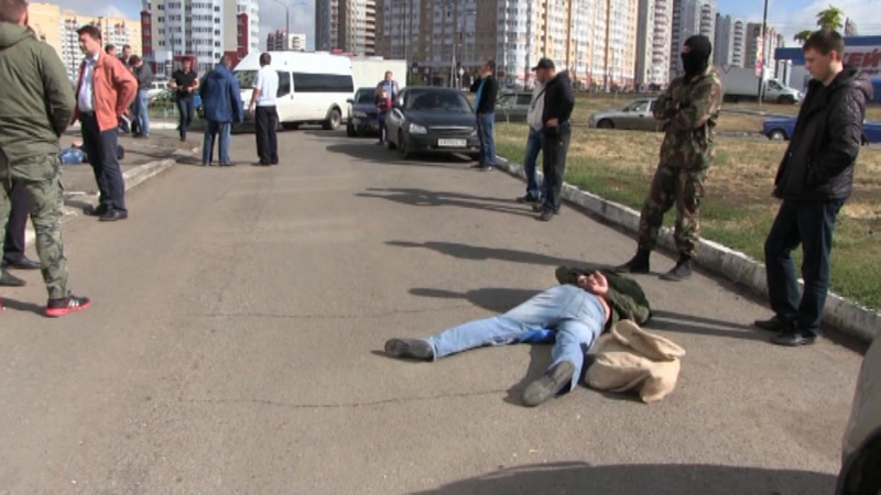 ВОренбурге бойцы СОБРа задержали преступников ломбарда