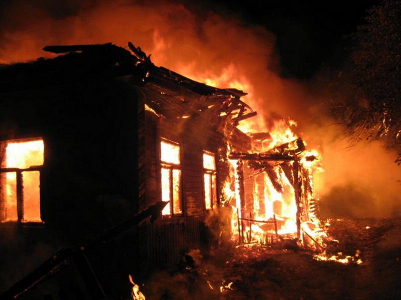 ВОрске ночью впламени умер мужчина