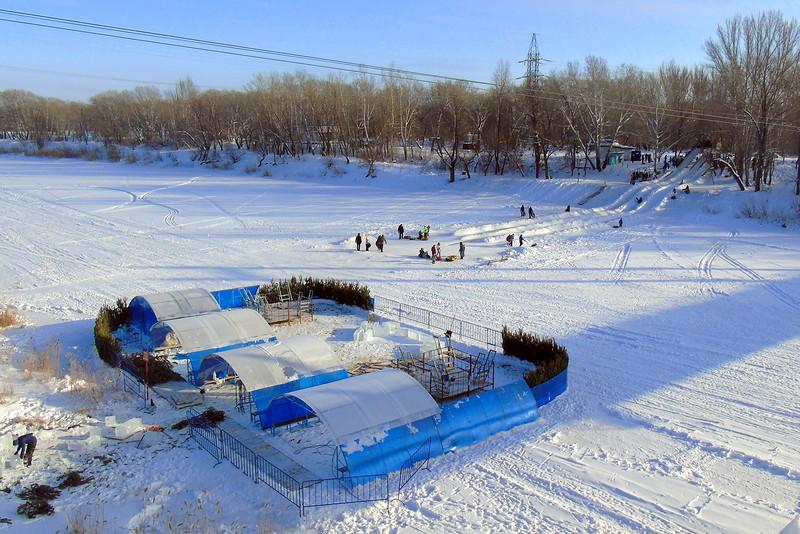 ВОренбурге искупаться впроруби можно до8.00 утра 20января