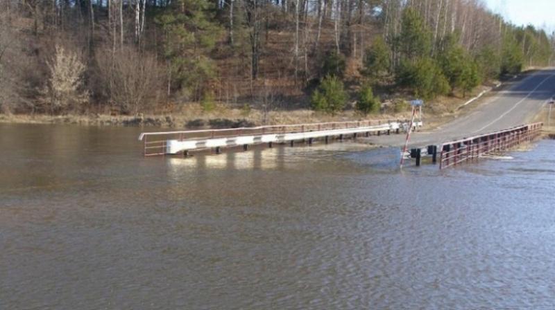 Большая вода. В Оренбургской области затоплено 8 мостов