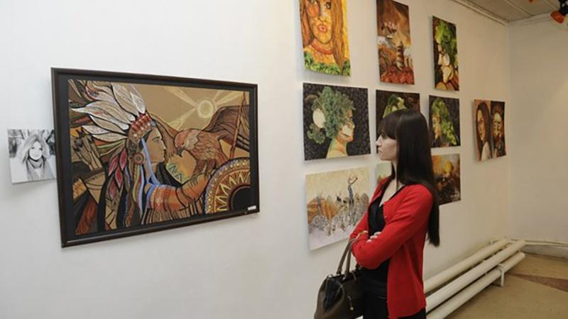 Две выставки, поэтический слэм и Светлана Тихановская. 24-29 октября. Нормальная афиша № 48