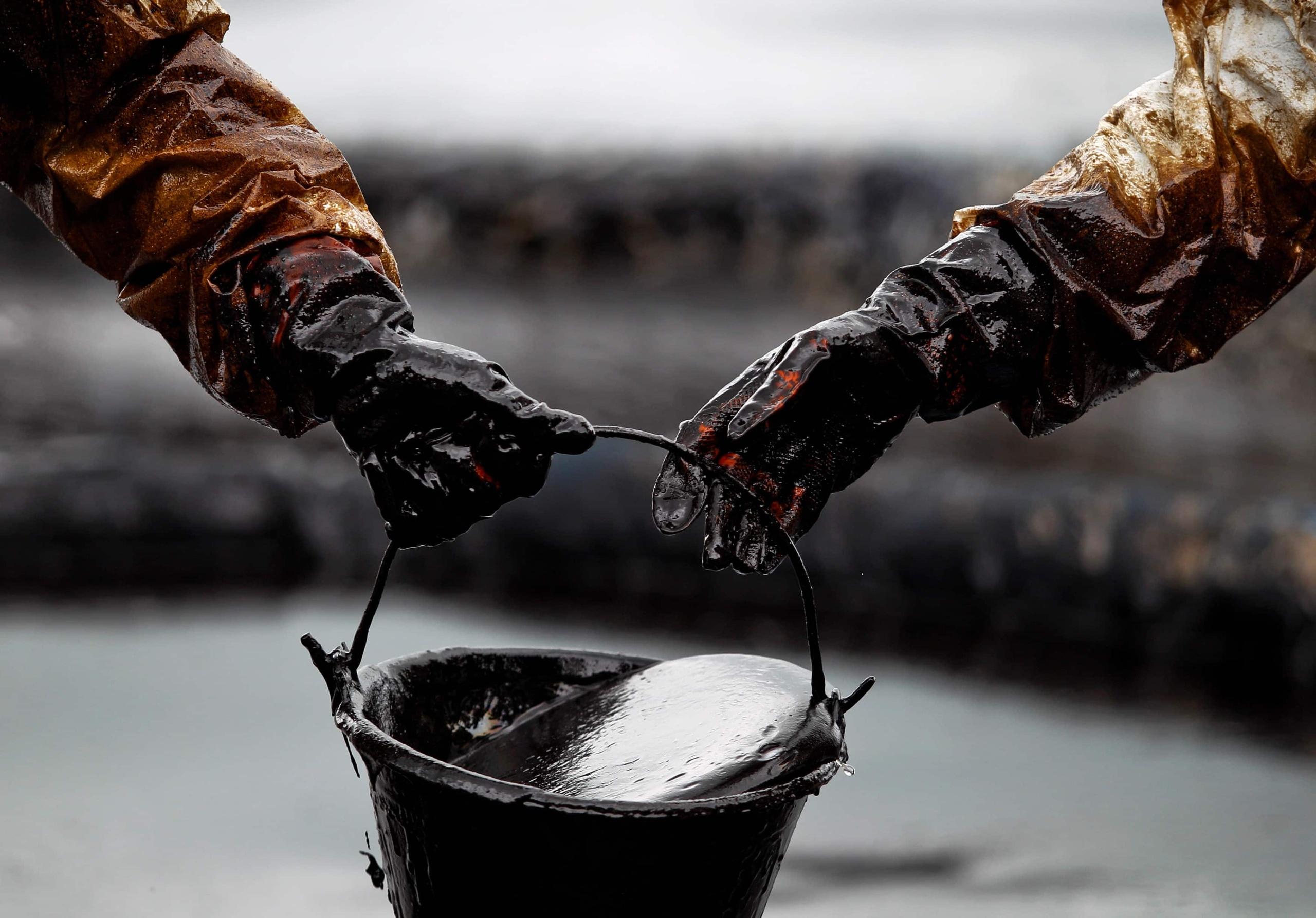 Нормальные новости № 17. Подозрительная смертность, нефть и ирония судьбы