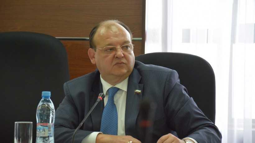 На имущество оренбургского депутата и бизнесмена наложили арест